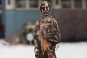 Statue of St. Joseph in Detroit Free Press video about burying of statues to hasten real estate sales