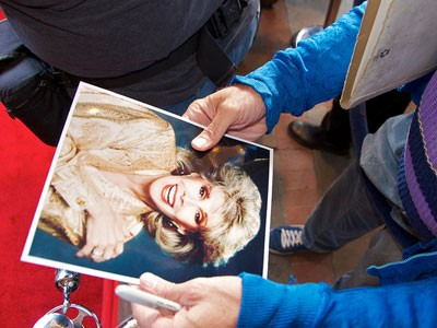 Joan Rivers photo in hands of a fan