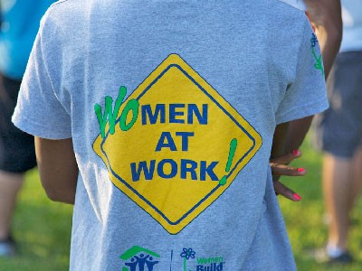 Women at work Tshirt