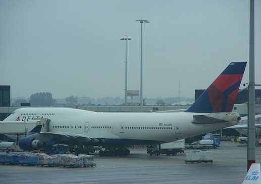 A Delta Air Lines Boeing 747 jet. Photo by Benet J. Wilson