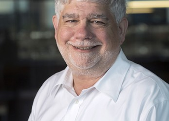 Former Oregonian Editor to Lead Reynolds Center