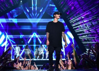 Entertaining Business: Can Justin Bieber Reinvent Himself?