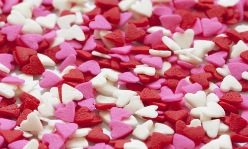 "Valentine's Day offers some intriguing new trends for business reporters to dig into. (""Hearts"" image by ""Kaz"" via Pixabay, CCO Public Domain)"
