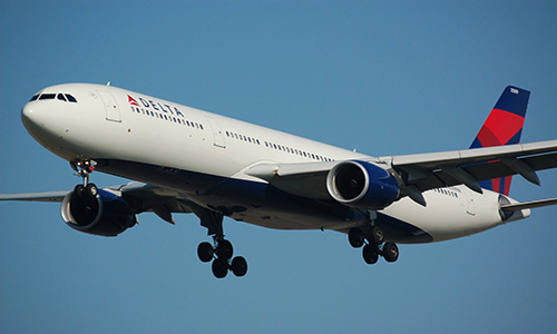 Delta plans to invest plenty of dinero south of the border. (Photo via Pixabay)