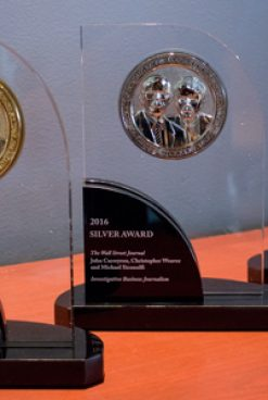 Reynolds Center Accepts Entries for Barlett & Steele Awards