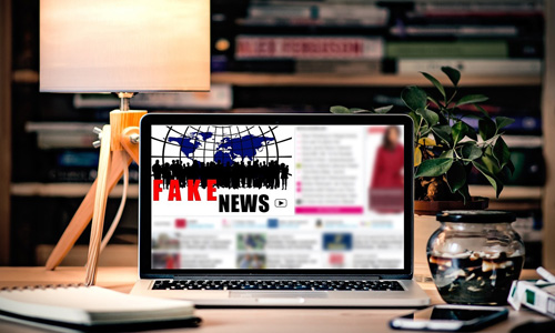 Fake news has helped turn a public climate of distrust of journalism into a crisis. Credit: Pixabay user pixel2013