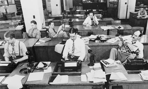 """Shrinking newsrooms are a challenge for reporters, but these tips will help business journalists thrive in a changing world. (""""New York Times Newspaper 1942"""" image by janeb13 via Pixabay, CCO Public Domain)"""