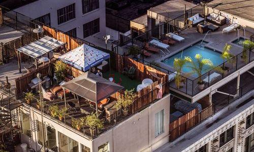 rooftop pool in Los Angeles